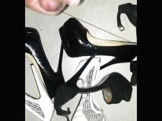 High-heeled Slippers
