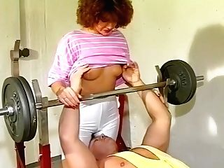 Getting Hot And Sweaty And Horny At The Gym - Julia Reaves